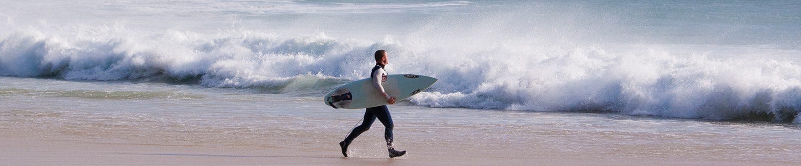 walking to surf