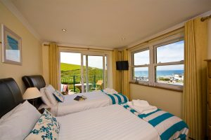 sea view twin room at beachcombers