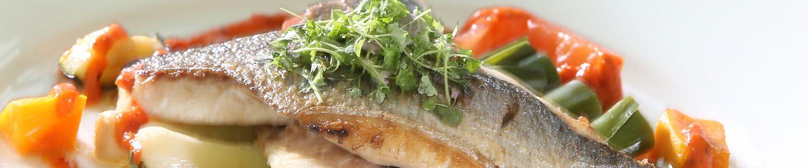 fish on asparagus